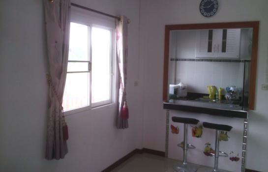 For Sale 2 Beds 一戸建て in Mueang Nakhon Sawan, Nakhon Sawan, Thailand | Ref. TH-VDSPSEAO
