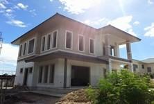 For Sale 4 Beds 一戸建て in Cha Am, Phetchaburi, Thailand
