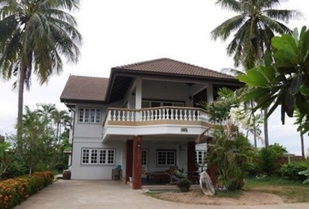 For Rent 4 Beds House in Mueang Phetchaburi, Phetchaburi, Thailand