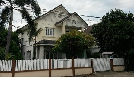 For Sale or Rent 3 Beds 一戸建て in Sai Noi, Nonthaburi, Thailand