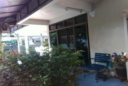 For Sale 5 Beds 一戸建て in Bangkok Noi, Bangkok, Thailand