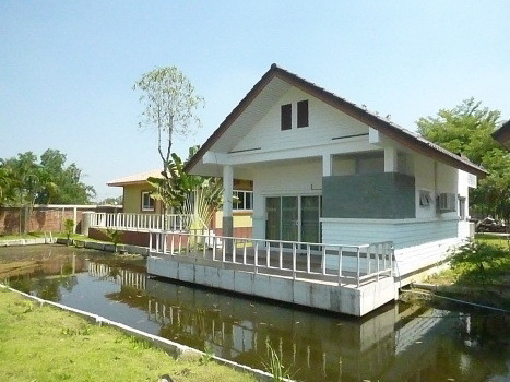 For Sale or Rent 6 Beds House in Bang Bua Thong, Nonthaburi, Thailand | Ref. TH-QNJVAATX