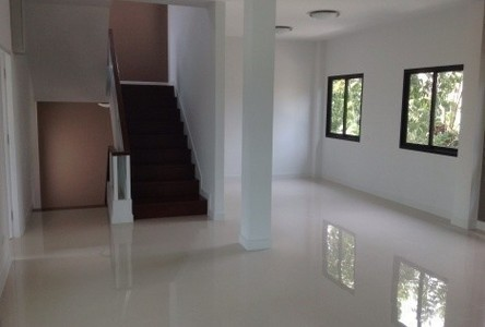 For Sale or Rent 5 Beds Townhouse in Phutthamonthon, Nakhon Pathom, Thailand
