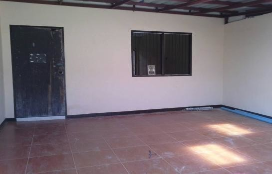 For Sale 1 Bed Townhouse in Khlong Luang, Pathum Thani, Thailand | Ref. TH-HHNNMCAZ