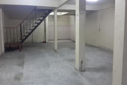 For Sale or Rent 5 Beds Townhouse in Chom Thong, Bangkok, Thailand