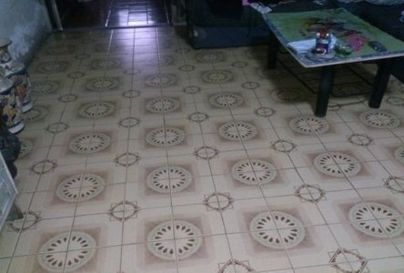 For Sale 6 Beds Townhouse in Din Daeng, Bangkok, Thailand