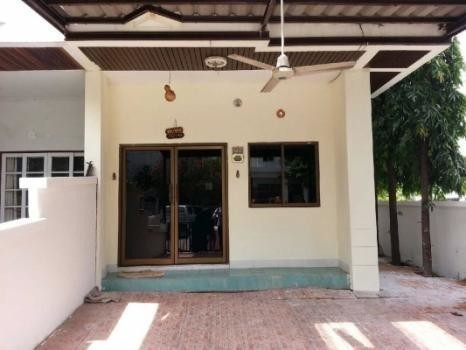 For Sale 3 Beds Townhouse in Bang Na, Bangkok, Thailand | Ref. TH-HCSSDFRC