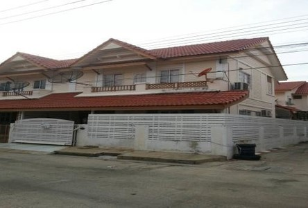 For Sale or Rent 4 Beds タウンハウス in Mueang Samut Sakhon, Samut Sakhon, Thailand