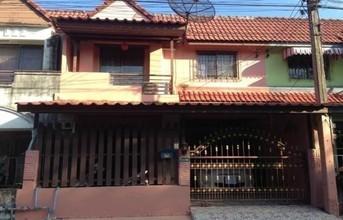 Located in the same area - Mueang Nakhon Si Thammarat, Nakhon Si Thammarat