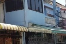 For Sale 4 Beds Townhouse in Taling Chan, Bangkok, Thailand