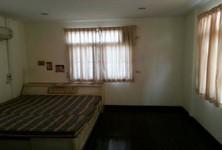 For Rent 2 Beds 一戸建て in Bangkok Noi, Bangkok, Thailand