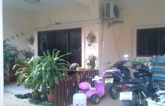 For Sale 2 Beds 一戸建て in Sadao, Songkhla, Thailand | Ref. TH-MMNTQNGC
