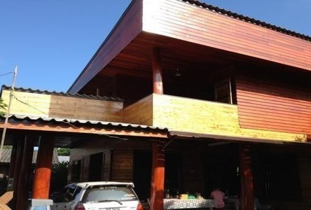 For Sale 4 Beds House in Mae Mo, Lampang, Thailand