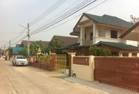 For Sale or Rent 3 Beds 一戸建て in Ban Bueng, Chonburi, Thailand