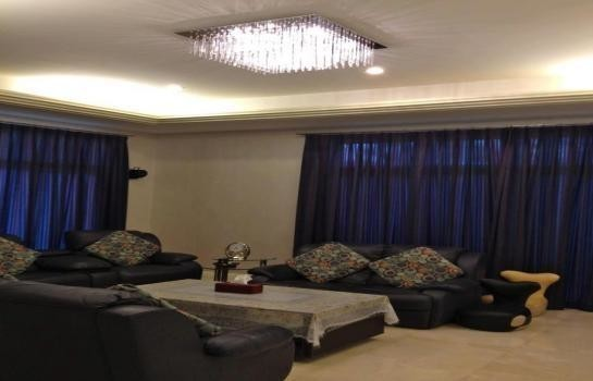 For Sale 6 Beds 一戸建て in Suan Luang, Bangkok, Thailand | Ref. TH-JLOHBBEL