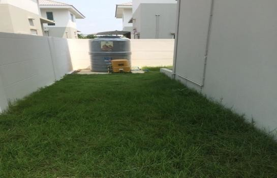 For Sale 3 Beds House in Bang Sao Thong, Samut Prakan, Thailand | Ref. TH-LDRVOJCP