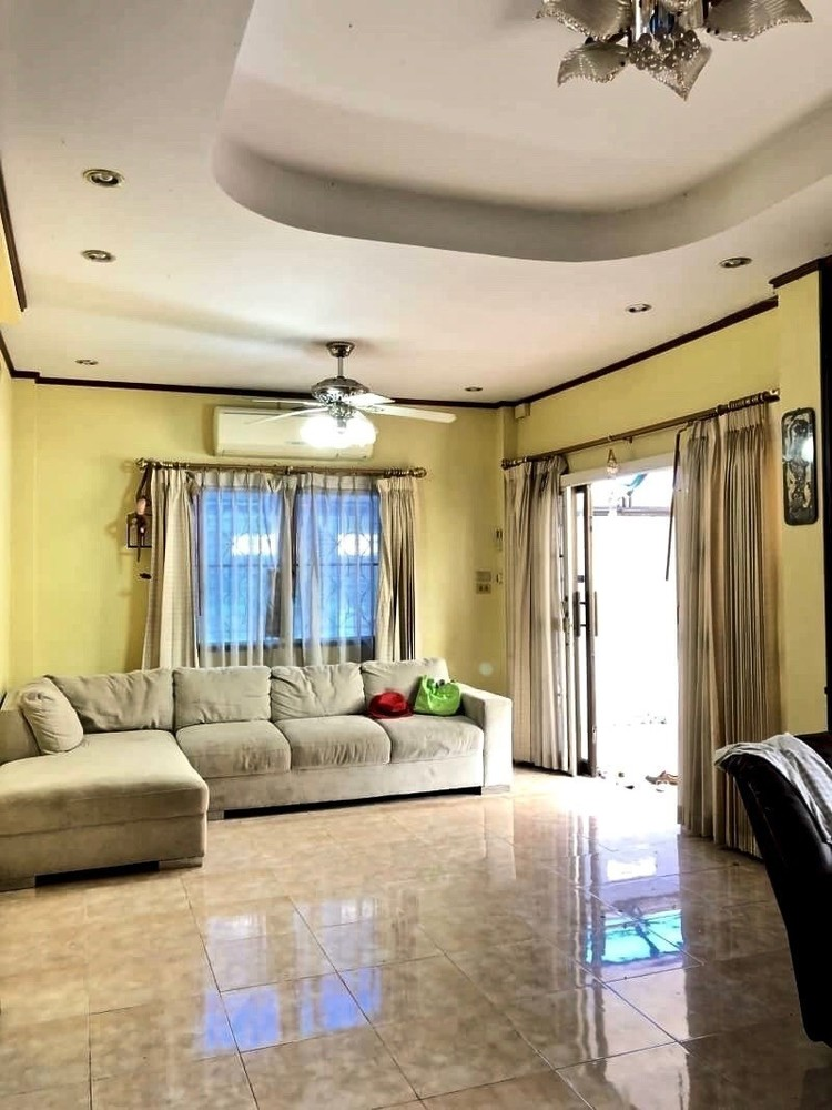 For Sale 3 Beds 一戸建て in Mueang Nakhon Ratchasima, Nakhon Ratchasima, Thailand   Ref. TH-HWDJAURO