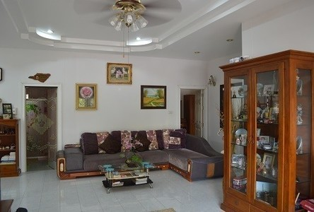 For Sale 3 Beds House in Chiang Khwan, Roi Et, Thailand