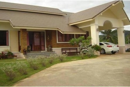 For Sale 3 Beds 一戸建て in Mueang Phatthalung, Phatthalung, Thailand