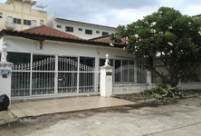 For Sale 3 Beds 一戸建て in Mueang Suphanburi, Suphan Buri, Thailand