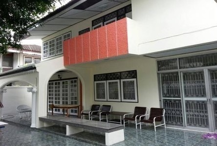 For Sale or Rent 5 Beds House in Ratchathewi, Bangkok, Thailand