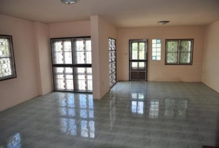 For Sale or Rent 3 Beds 一戸建て in Khan Na Yao, Bangkok, Thailand