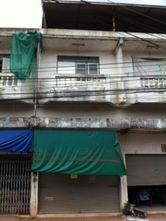 For Sale 3 Beds タウンハウス in Mueang Udon Thani, Udon Thani, Thailand   Ref. TH-LZMDJGLS