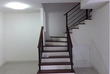 For Rent 3 Beds Townhouse in Phasi Charoen, Bangkok, Thailand
