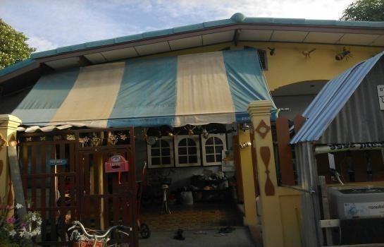 For Sale 3 Beds House in Phra Samut Chedi, Samut Prakan, Thailand | Ref. TH-HNYPOYPC