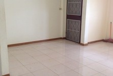 For Rent 2 Beds Townhouse in Mueang Prachinburi, Prachin Buri, Thailand