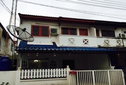 For Sale 3 Beds Townhouse in Mueang Ratchaburi, Ratchaburi, Thailand