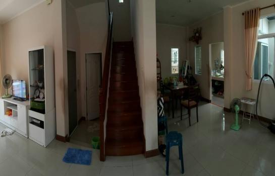 For Sale 4 Beds 一戸建て in Saphan Sung, Bangkok, Thailand | Ref. TH-REJZMEQI