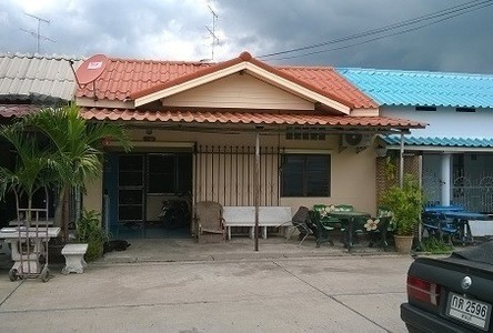 For Sale 3 Beds Townhouse in Mueang Saraburi, Saraburi, Thailand