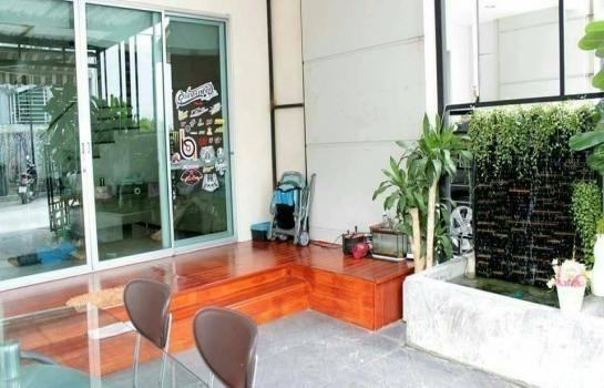 For Sale 3 Beds Townhouse in Chatuchak, Bangkok, Thailand | Ref. TH-XPNNXORI
