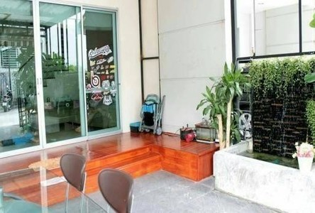 For Sale 3 Beds タウンハウス in Chatuchak, Bangkok, Thailand