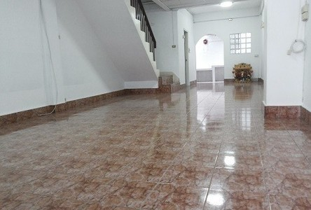For Rent 3 Beds タウンハウス in Thawi Watthana, Bangkok, Thailand