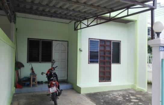ขาย ทาวน์เฮ้าส์ 2 ห้องนอน เมืองอุทัยธานี อุทัยธานี | Ref. TH-VCRCSGOO