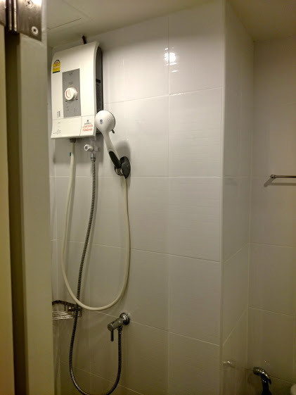 For Sale or Rent 2 Beds Condo in Mueang Nonthaburi, Nonthaburi, Thailand   Ref. TH-WKGTHXAQ
