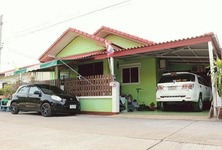 For Sale 4 Beds House in Mueang Lop Buri, Lopburi, Thailand