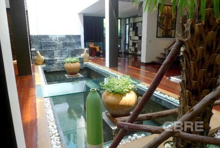 For Sale 4 Beds House in Watthana, Bangkok, Thailand