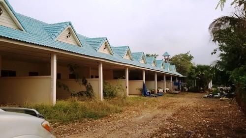 For Sale 1 Bed Townhouse in Tha Tako, Nakhon Sawan, Thailand | Ref. TH-DYMOZBKT