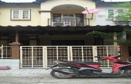 For Sale 2 Beds Townhouse in Don Mueang, Bangkok, Thailand | Ref. TH-LXCGDDPL