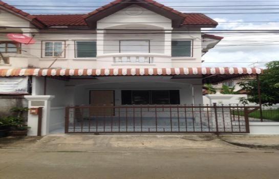 For Sale 3 Beds Townhouse in Mueang Khon Kaen, Khon Kaen, Thailand | Ref. TH-HLROHDMS