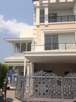 For Sale 3 Beds Townhouse in Chom Thong, Bangkok, Thailand | Ref. TH-XPKJRUXE
