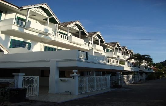 For Sale or Rent 4 Beds Townhouse in Hua Hin, Prachuap Khiri Khan, Thailand | Ref. TH-SOQPUDSQ