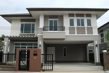For Sale or Rent 3 Beds House in Don Mueang, Bangkok, Thailand
