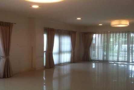 For Sale or Rent 3 Beds Townhouse in Khan Na Yao, Bangkok, Thailand