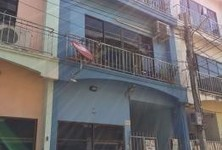 For Sale 4 Beds Townhouse in Phra Khanong, Bangkok, Thailand
