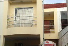 For Sale 3 Beds Townhouse in Hua Hin, Prachuap Khiri Khan, Thailand