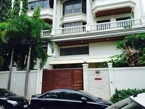 В том же районе - Bang Kho Laem, Bangkok